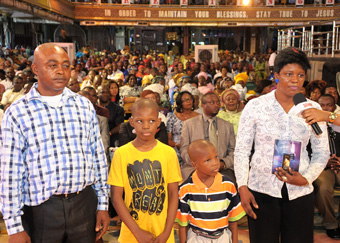 Mrs Onwumechure Nkechinuere testified that she had a terrible dream that someone wanted to kill her but the man of God, Prophet T.B. Joshua appeared and rescued her